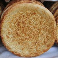 ウズベキスタンのナン
